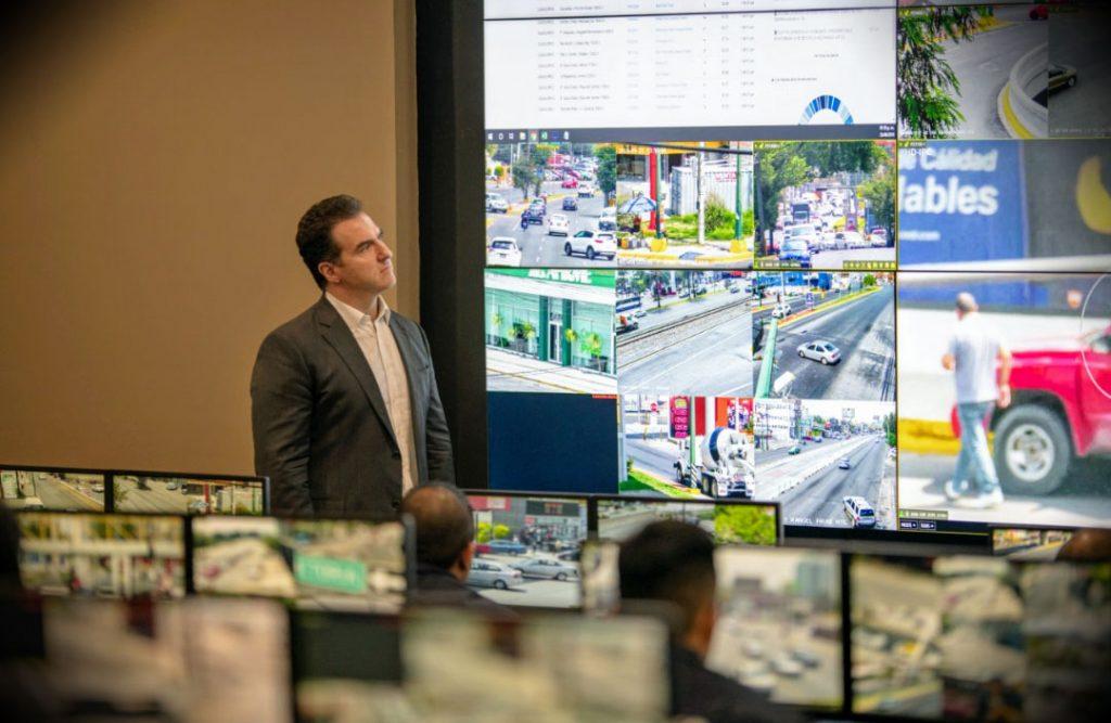 Comando y control en la sede de la policía en Monterrey, Nuevo León